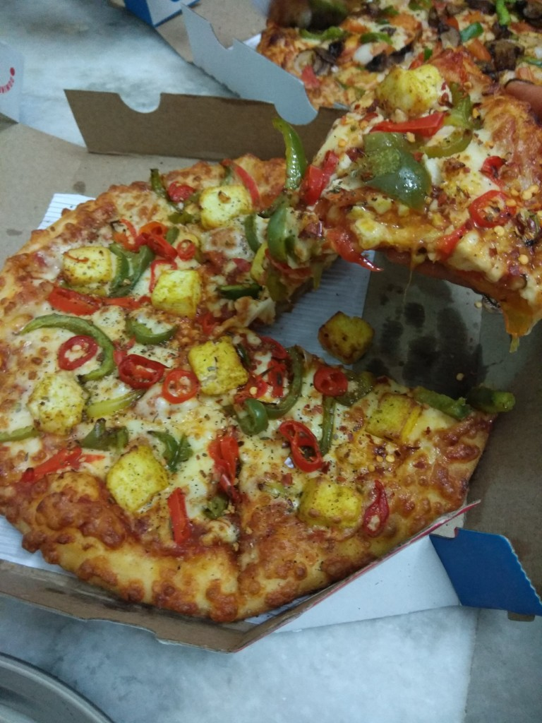 #AllNewDominos_8